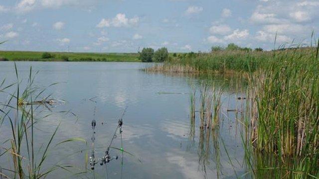 В озері на Львівщині втопився 22-річний чоловік