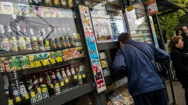 Депутати ЛМР відмовились відновити продаж алкоголю у міських кіосках
