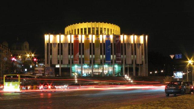 Адміністрація президента переїде в «Український дім» і змінить назву