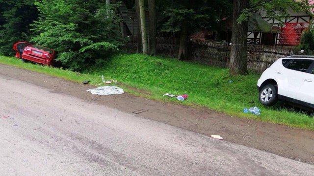 Внаслідок зіткнення автомобілів на перехресті біля Дрогобича госпіталізували шістьох осіб