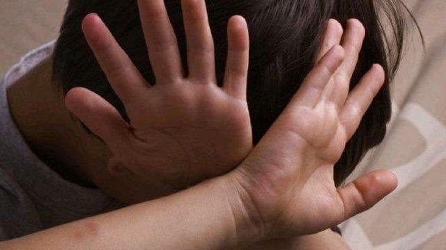Е-петиція з вимогою ухвалення закону про реєстр педофілів набрала 25 тис. голосів