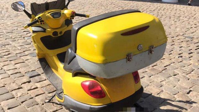 У центрі Львова 27-річний викрадач скутера збив патрульного