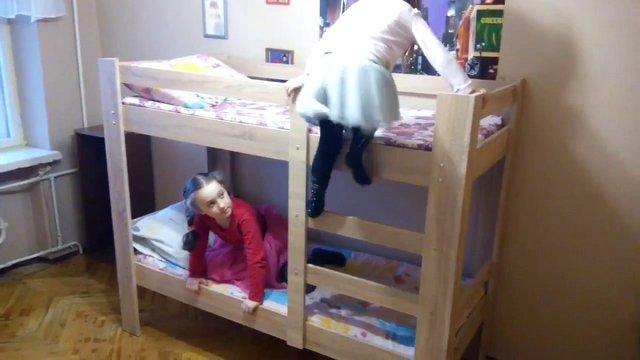 4-річна львів'янка потрапила до реанімації після падіння з двоярусного ліжка