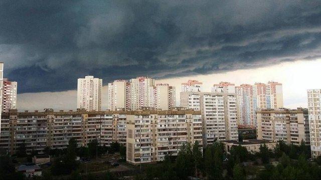 У Західній Україні оголосили штормове попередження