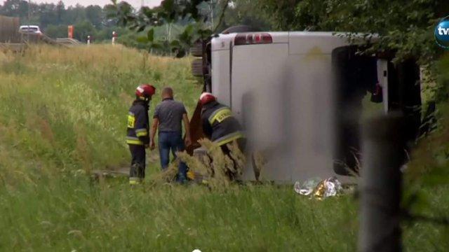 Український автобус з пасажирами потрапив в ДТП у Польщі