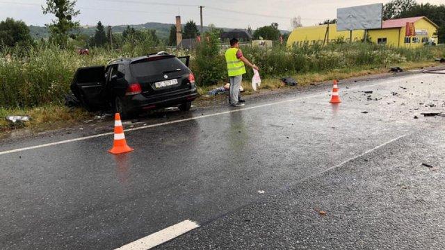Внаслідок ДТП біля Золочева загинув водій автомобіля Volkswagen Golf
