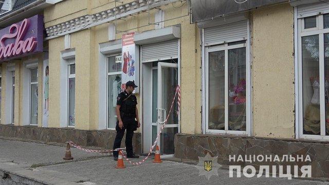 У Сумах жінка відкрила стрілянину в офісі і поранила двох людей