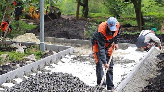 Підрядник виправляє недоліки капітального ремонту парку 700-річчя Львова
