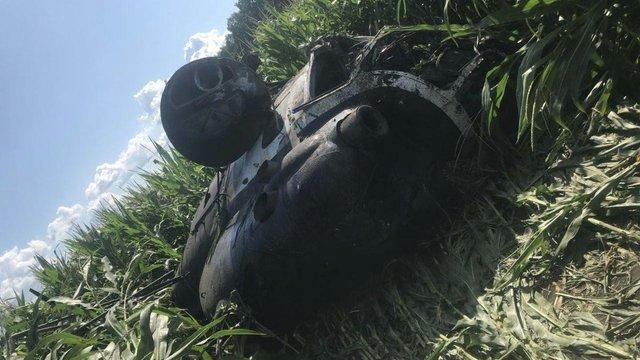 На Сумщині під час сільськогосподарських робіт впав гелікоптер, пілот загинув