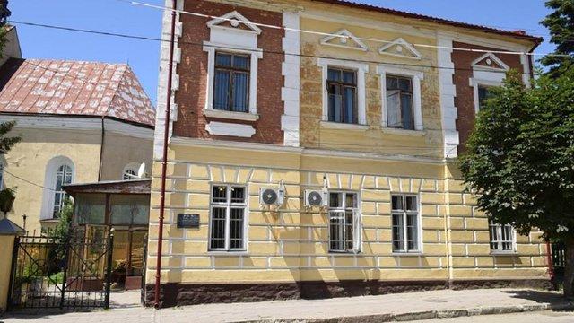 Начальника будинкоуправління Яворівської КЕЧ запідозрили у розкраданні 1,2 млн грн