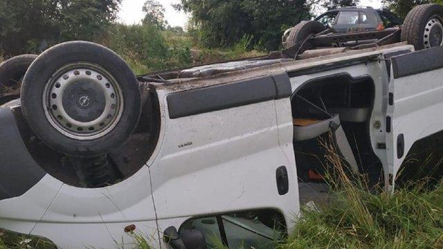 На Львівщині прикордонники надали допомогу водію, який втратив свідомість після ДТП