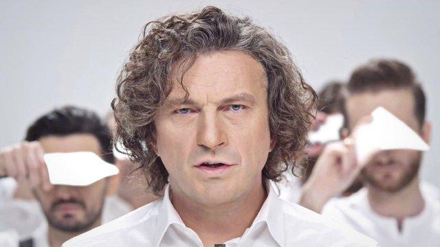 Податкова виписала штраф померлому понад чотири роки тому співаку Кузьмі «Скрябіну»