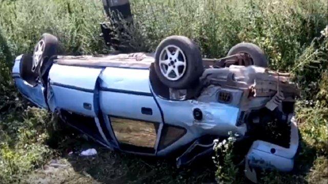 Біля Самбора пасажирський поїзд протаранив автомобіль