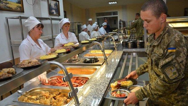 МОУ оскаржить рішення суду про блокування переходу армії на нову систему харчування