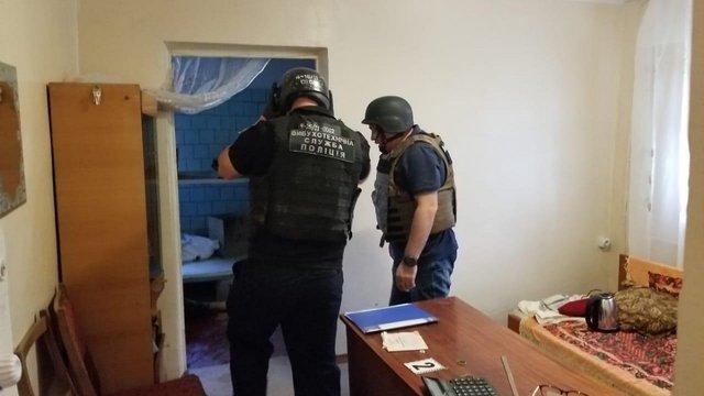 Від вибуху гранати у лікарні на Одещині загинули двоє людей