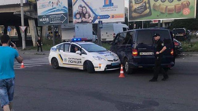 Службове авто патрульної поліції потрапило у Львові у ДТП
