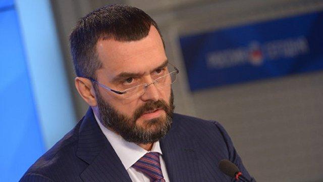 Суд заочно заарештував екс-міністра внутрішніх справ Віталія Захарченка