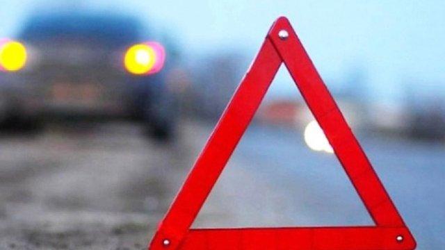 На Самбірщині автомобіль збив пішохода, водій втік із місця ДТП
