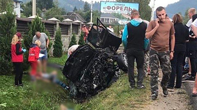 Внаслідок ДТП у Славському загинули двоє чоловіків