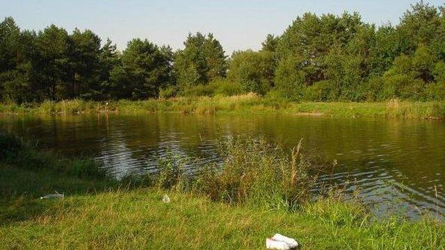 Тіло зниклого два дні тому 21-річного хлопця знайшли у брюховицькому озері