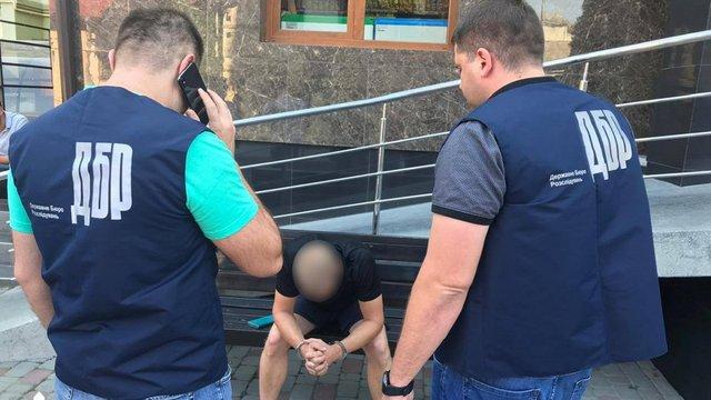 На Івано-Франківщині рибінспектор щомісяця отримував 50 тис. грн хабарів