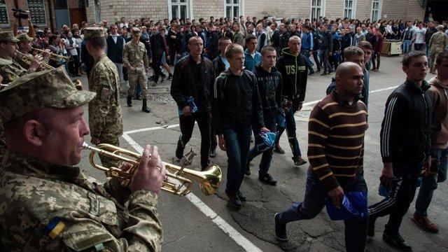 Лише 10% призовників Львівщини визнали придатними до служби