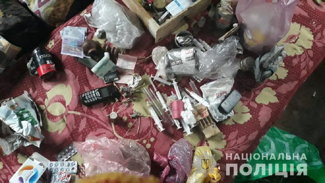 На Львівщині затримали 56-річного чоловіка за виготовлення наркотиків