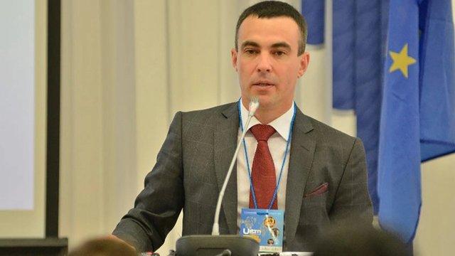Депутата Київради підозрюють у підробці диплому про вищу освіту