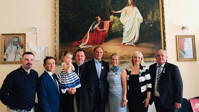 Львівські лікарі отримали високі церковні нагороди