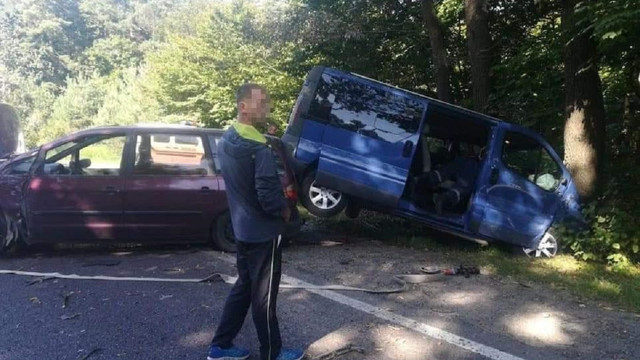 У ДТП на трасі Львів-Краковець загинув 29-річний водій мікроавтобуса