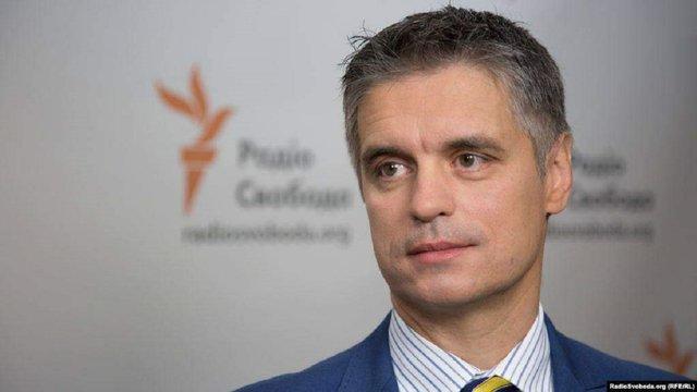 Голова МЗС виступив за відновлення торгівлі з окупованим Донбасом