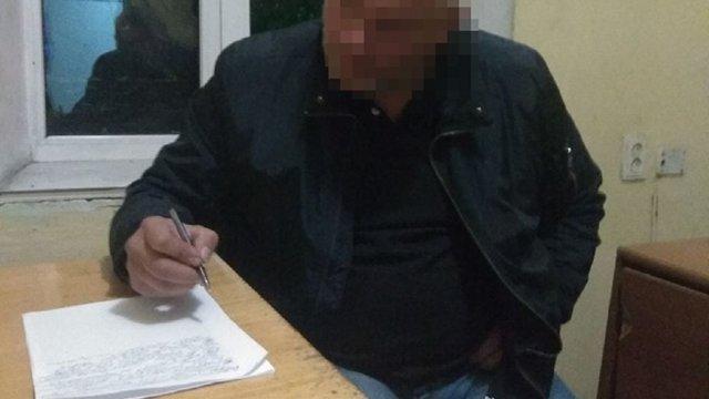 Позбавлений водійських прав львів'янин їздив з підробленим посвідченням на чуже ім'я