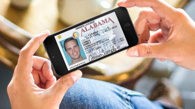 Уряд анонсував введення електронних водійських посвідчень у смартфоні
