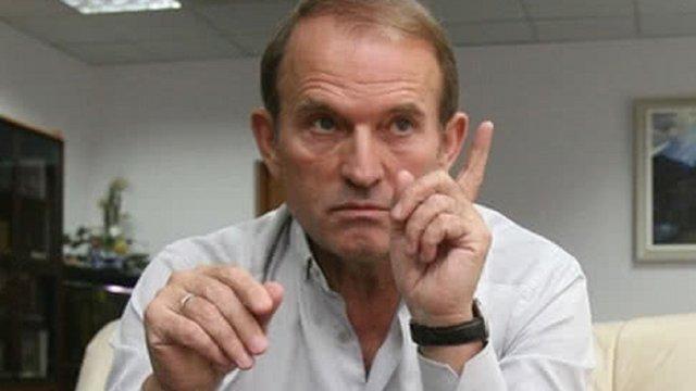 Російські пропагандисти намагаються зробити Медведчука єдиним «реальним» конкурентом Зеленського
