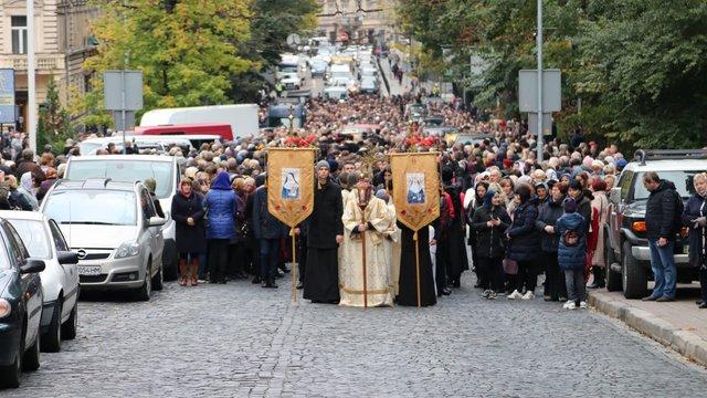 Тисячі львів'ян пройшлися вулицями міста під час молитовної ходи