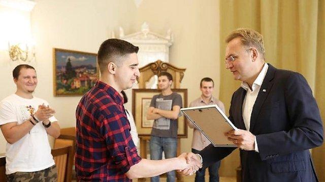 Активні дописувачі «Гарячої лінії міста Львова» у Facebook отримали по 5000 грн