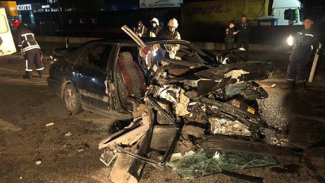 Через ДТП в передмісті Львова одна людина загинула та четверо травмувалися