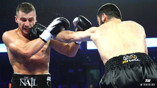 Український боксер Гвоздик програв титул чемпіона WBC росіянину Бетербієву