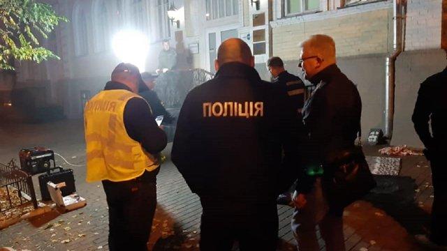 Унаслідок вибуху гранати в центрі Києва загинули ветеран АТО та охоронець офісу