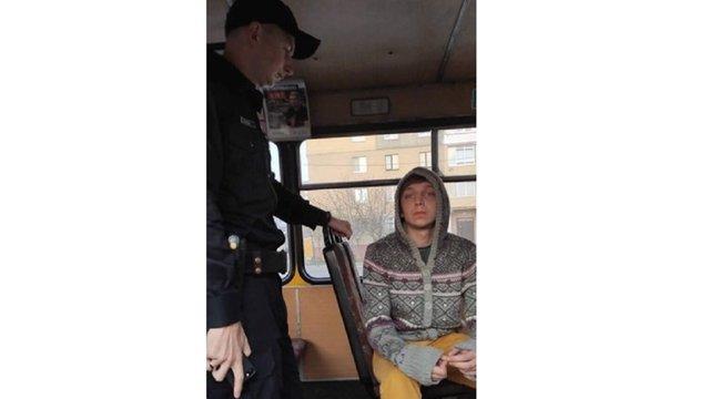 Водій львівської маршрутки власноруч затримав 21-річного злодія