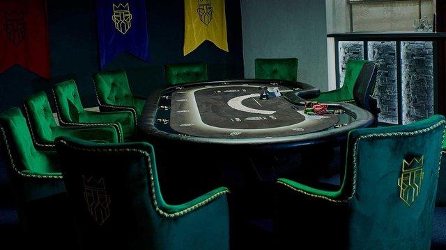 Львівський суд оштрафував на 170 тис. грн адміністраторку популярного покер-клубу