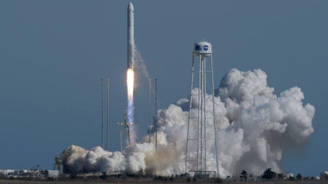 Українсько-американська ракета запустила до МКС приватний космічний корабель