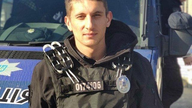 На ринку «Шувар» поліцейський затримав грабіжницю, перебуваючи у відпустці