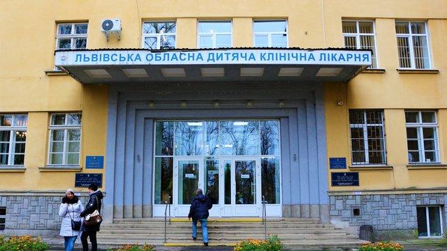 Львівські медики скликали консиліум для порятунку ноги 15-річної Олесі Шиян