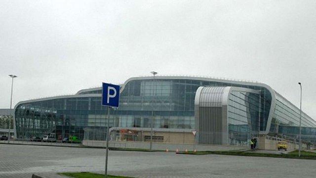 У львівському аеропорту скасували шість авіарейсів