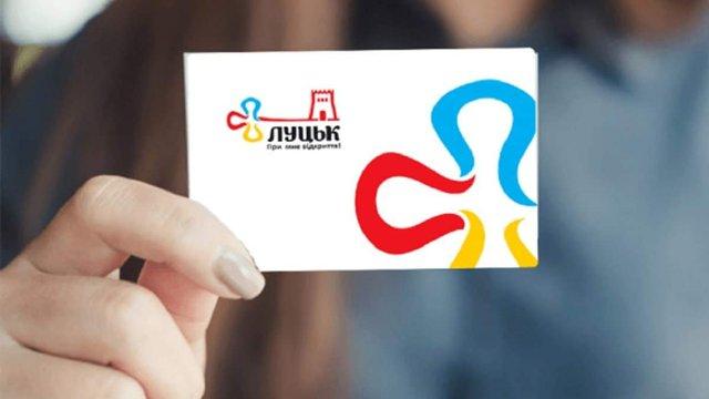 У громадському транспорті Луцька запустили систему електронних квитків