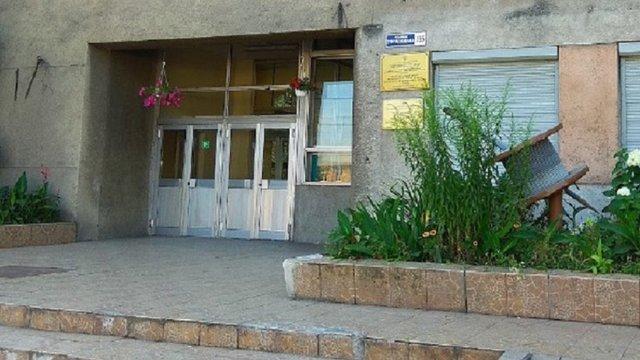 Учня львівського ПТУ змушують повернути стипендію, бо той хоче кинути навчання