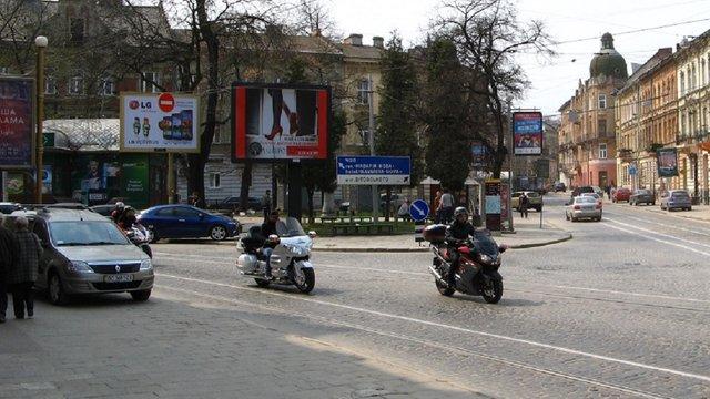 У Львові перенесуть зупинку трамвая №8 на пл. Івана Франка у напрямку від центру