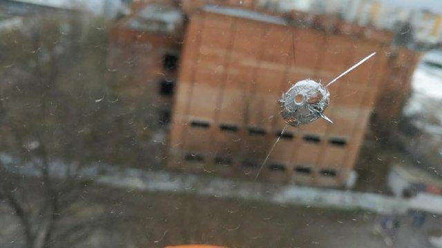 Двоє львівських підлітків обстріляли з пістолета вікна багатоповерхівки