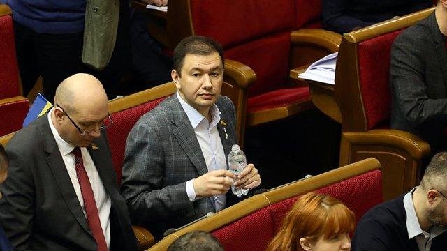 Тесть Зеленського працює помічником депутата «Слуги Народу» Олега Бондаренка